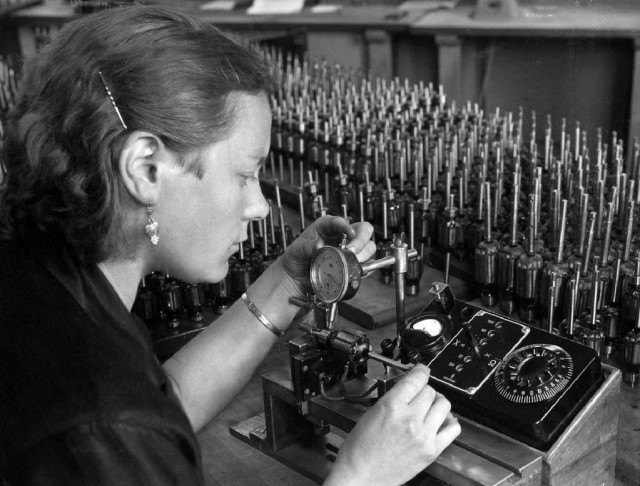 Production at Elmowerk II in Bad Neustadt, 1938